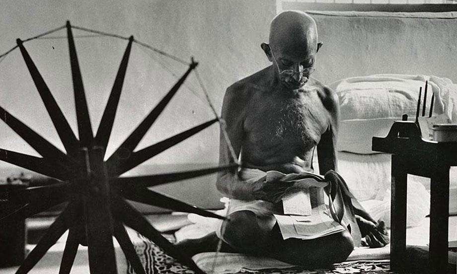 8-Mahatma-Gandhi
